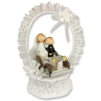 1 pcs Poly bride and groom in car