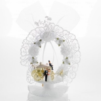 2 pcs bridal couple attachments with gold carriage plastic