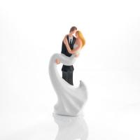 1 pcs Large porcelain wedding couple