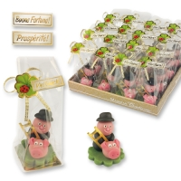 32 pcs Marzipan chimney sweeper with piglet