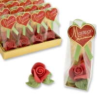 Marzipan rose red, small, in cellophan bag and tray